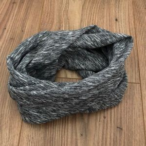 Gray and White Marled Stretchy Headband/Wrap